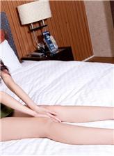 床上美腿图片只有腿