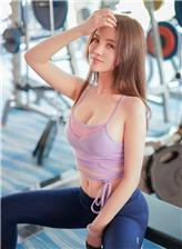 实拍健身女模特性感照片