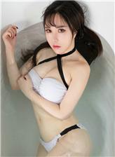 日本女生衣服湿透照浴室湿身诱惑