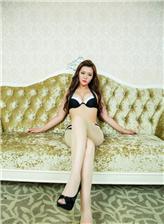 在线服制师生资源站黑白性感内衣高跟美女写真