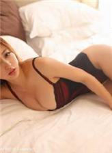 女朋友会锦鲤吸水情趣黑色连体衣宾馆写真