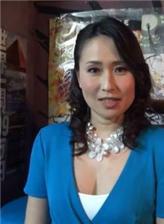 日本大龄av美熟妇生活日常照看一下女优门日常生活中的样子