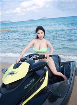 杨伊无圣光福利之家大胆写真沙滩与巨乳的较量