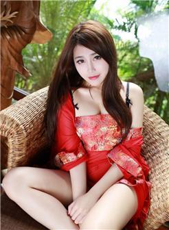 红衣妖艳古风女子写真