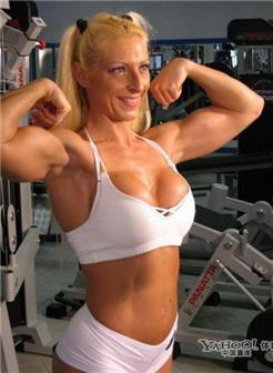美女也爱秀肌肉精选肉感美女