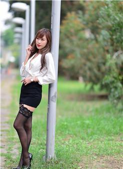 蕾丝边ol的新人在线播放 丰满白衬衣职业装写真