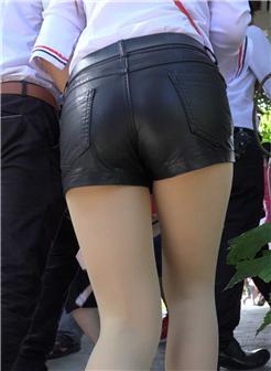 热裤真空街拍紧身超短裤图片大全
