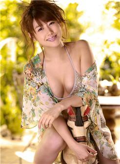 35岁成熟有韵味的女人