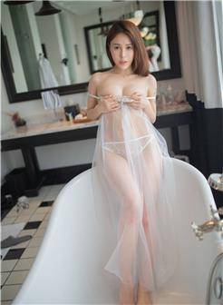 美女薄纱全透视旗袍图片