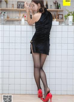 甜心奶猫酱之酸奶洗礼绒面旗袍写真集