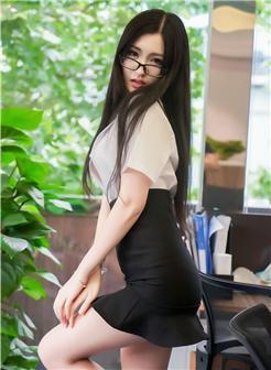 沈梦瑶教师诱惑职业装蕾丝爆乳私房写真