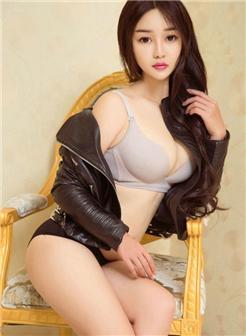 女人敏感点脱去外套皮衣性感美乳前凸后翘写真