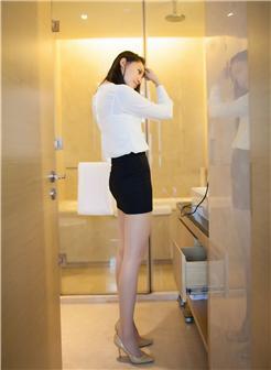 刘奕宁lynn蕾丝猫OL美腿丝袜紧致包臀裙写真