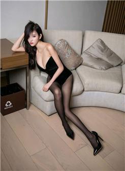 漂亮主播韩语嫣开裆肉丝美腿私房写真