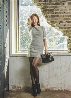 霸踩天下工作室肉感嫩模紧身裙长腿黑丝诱惑写真