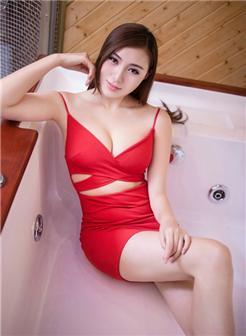 美动女图片2018款嫩模美女性感大胸浴室写真
