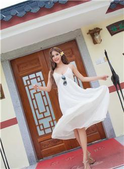 78人体雅芬白色蕾丝吊带裙凸点写真