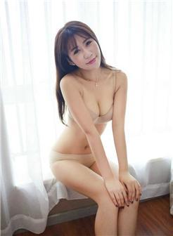 极品身材紧翘美女超黄超污的图片