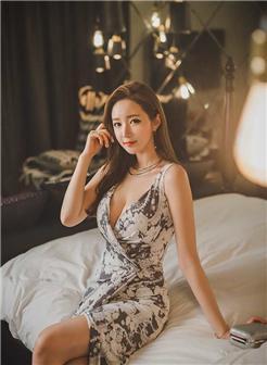 [推你女郎68期 尤物36p]优雅花裙气质小女神美女写真