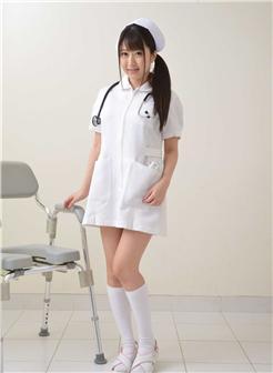 美里有纱写真007期《护士系列》