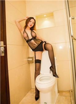 艾小青浴室诱惑写真大图