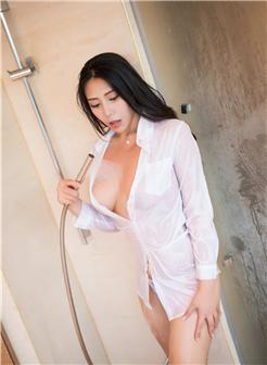 女生头像半身衬衫不露脸美乳性感写真