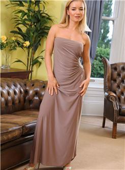 吐痰推荐国外收费作品高品质优雅长裙金发少妇居家写真