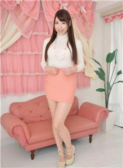中年老板娘露脸粉色短裙性感风韵生活照片