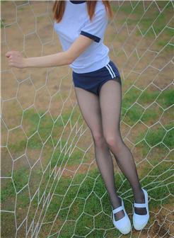 健身动起来张雅婷黑丝少女帆布鞋写真