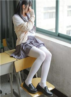 绅士福利jk酱水手服白丝袜纯美写真