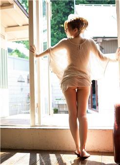 椎名由奈最激烈的一部人体写真艺术照片