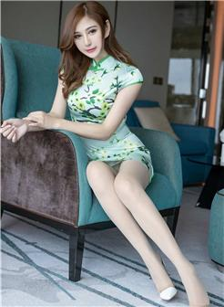 上海女白附露脸生活照高清写真