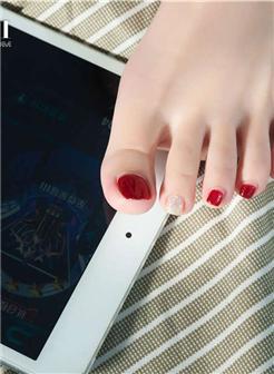 漂亮的小脚丫纤纤美足写真图片