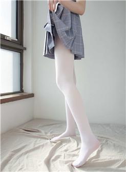 森萝财团白丝换肉丝丝足美脚写真