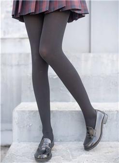 女生头像腿控脚踝玉足美腿大图写真