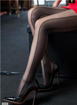 iess秋秋时装袜黑色高跟鞋美足写真
