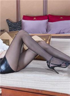 Beautyleg腿模Una黑丝皮裙写真