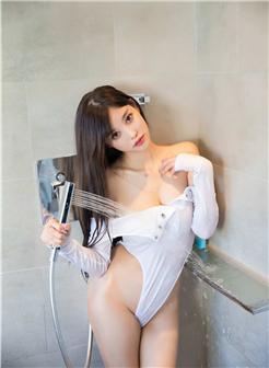 果果阳台模特沐浴湿身欲望写真