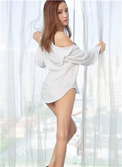 美女模特christine私房爆乳翘臀内衣诱惑写真