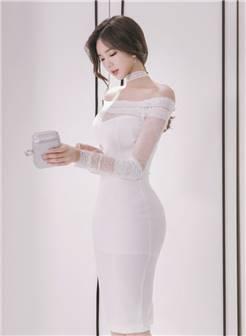 极品大胸美女性感蕾丝包裙巨乳隐现火辣身材