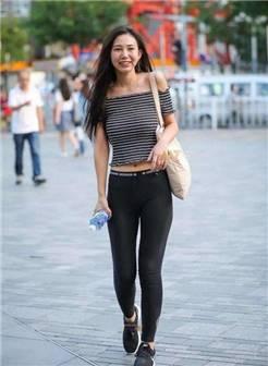 紧身裤简约又大方,藏着几分灵动美,别致又显瘦!