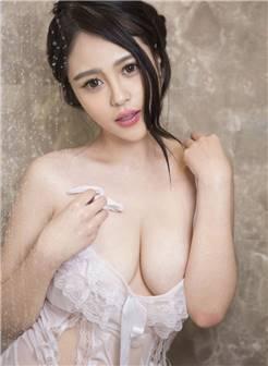 巨乳美女于娜浴室湿身情趣私房照