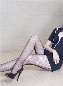 网袜美女sammi玉足诱惑浴室写真