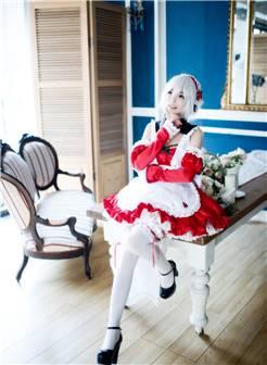 可爱萝莉白丝过膝袜女仆cosplay