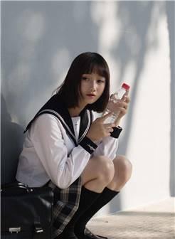 日系清纯jk制服美女图片高清手机壁纸