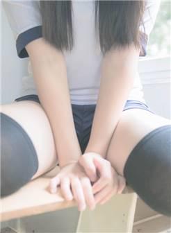 【玫瑰深夜剧场】「美腿福利☆水手服 黑丝 白丝☆」