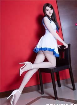性感美女水手服制服诱惑白丝美腿私房写真