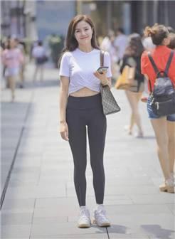 健美裤:比紧身牛仔裤更显身材,轻松穿出运动女神范儿!