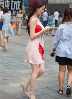路人街拍, 修身包臀裙美女, 成熟女人的味道