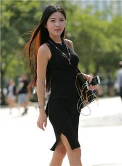 街拍:美艳动人的女子,个个光彩夺目,性感迷人